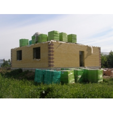 Жилой дом в Доскино из пеноблоков, облицованный силикатным кирпичом
